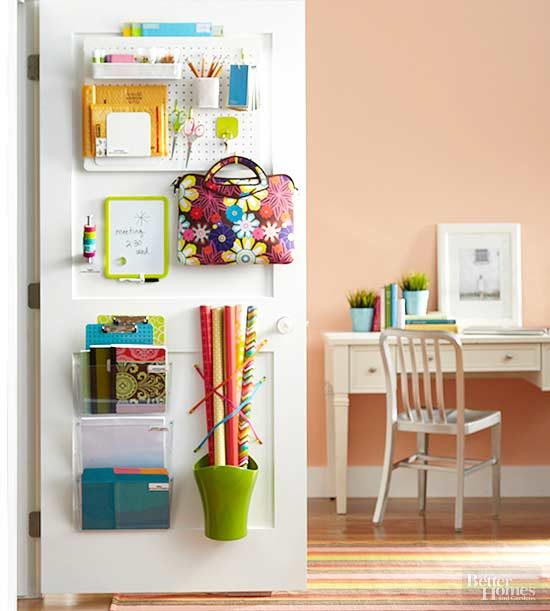 small bedroom storage ideas - using a small peg board