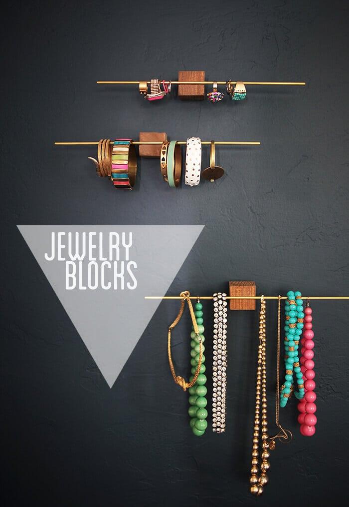 Use jewelry blocks