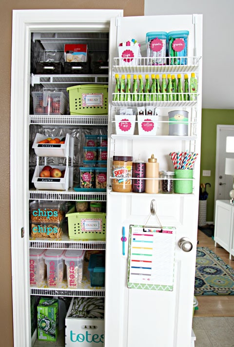pantry organization ideas - clipboard of shopping list