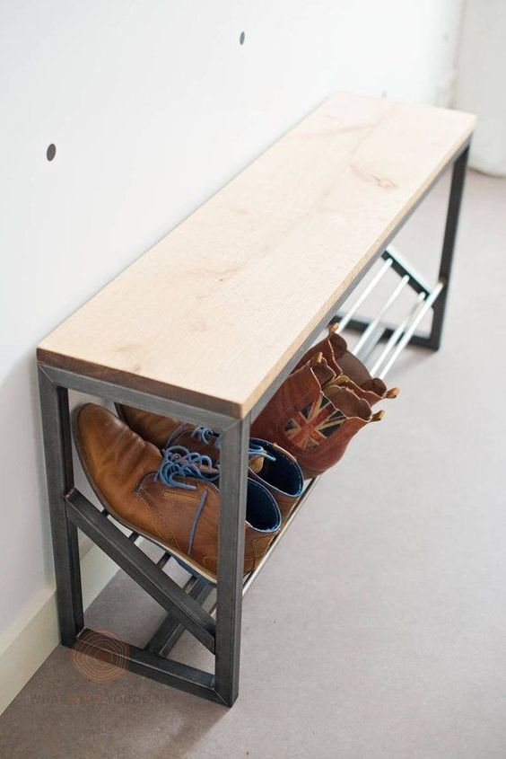 tilted shelf bench
