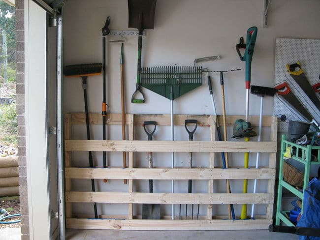using an old pallet for garden tools