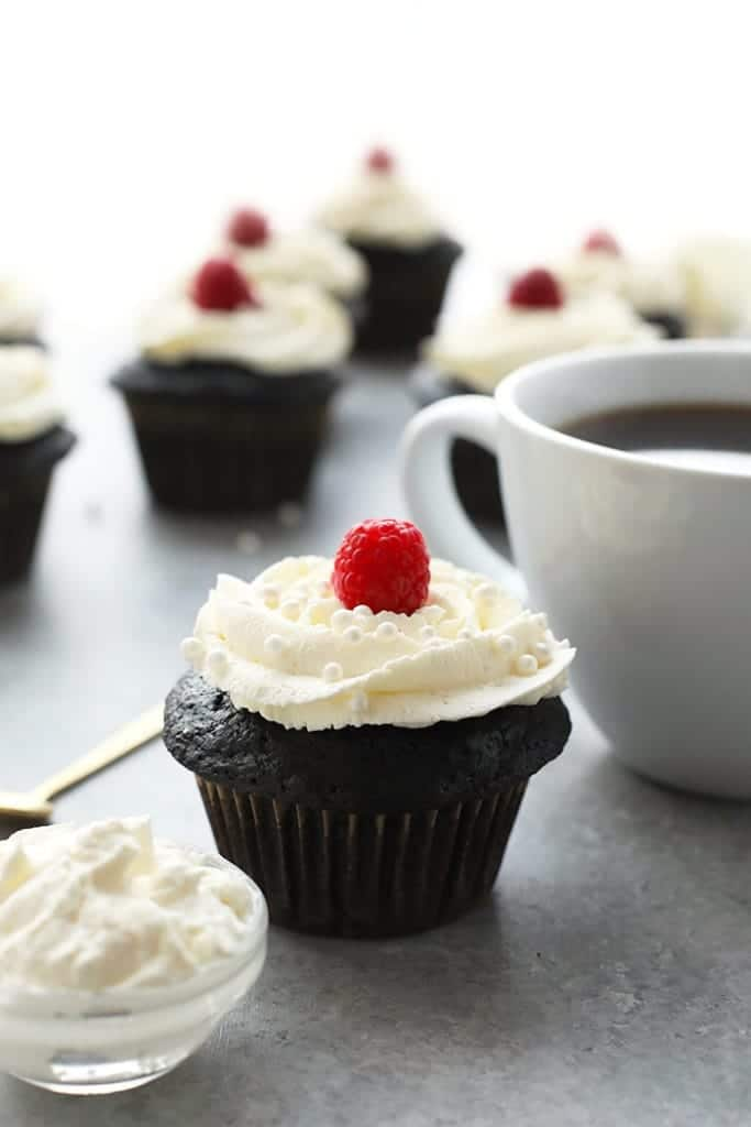 4th of July desserts - healthier chocolate cupcakes