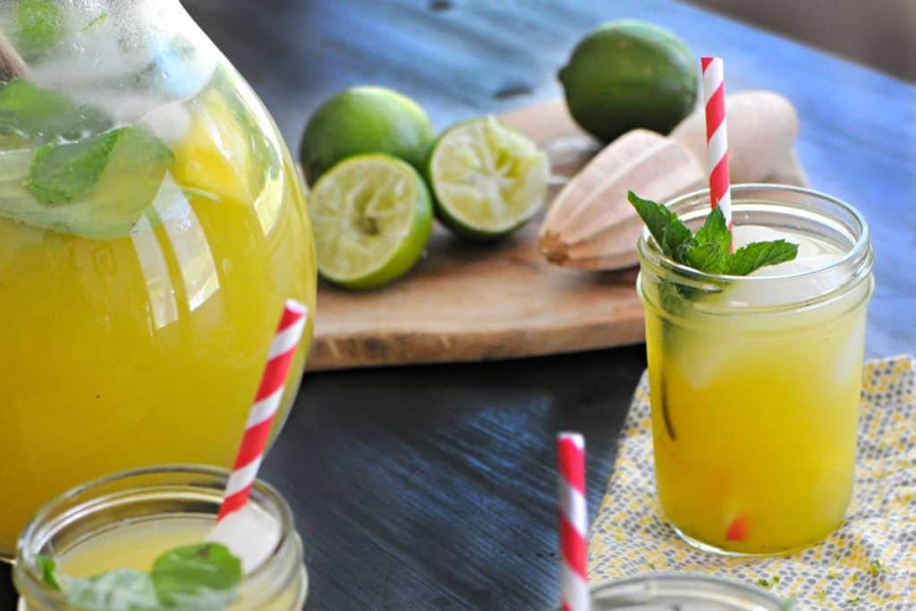 4th of July drinks - Fizzy Herbed Pineapple Limeade