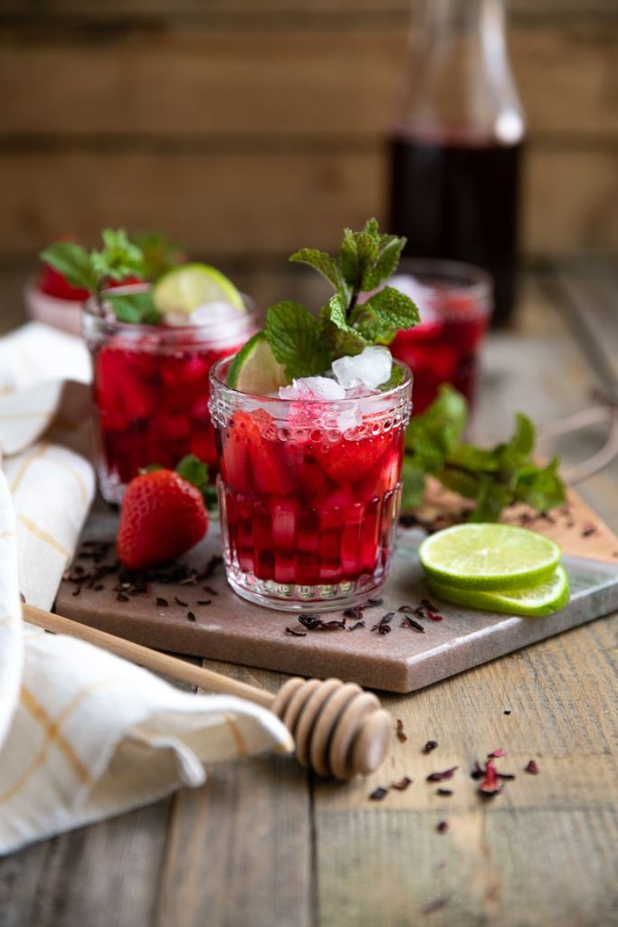 4th of July drinks - Strawberry Hibiscus Iced Tea